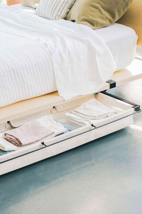 6 Cara Bikin Penyimpanan di Kolong Tempat Tidur
