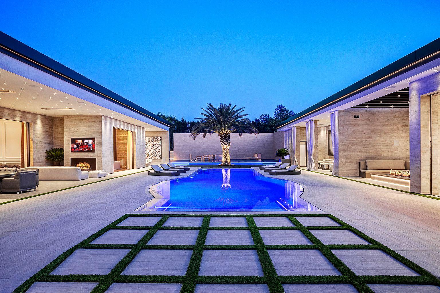 Rumah Baru Kylie Jenner Seharga Rp535 Miliar