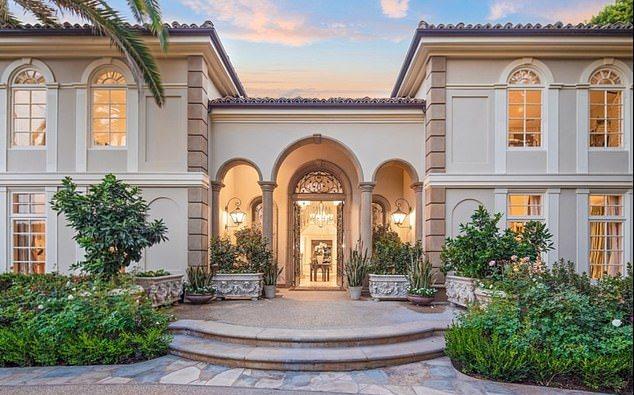 Larry King Jual Rumah Seharga Rp212 Miliar