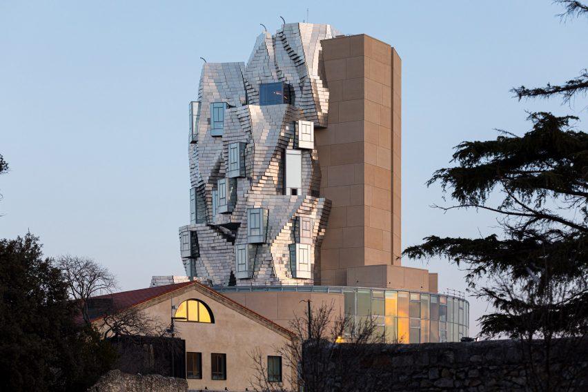 Luma Arles, Menara Unik yang Terinspirasi Lukisan Van Gogh