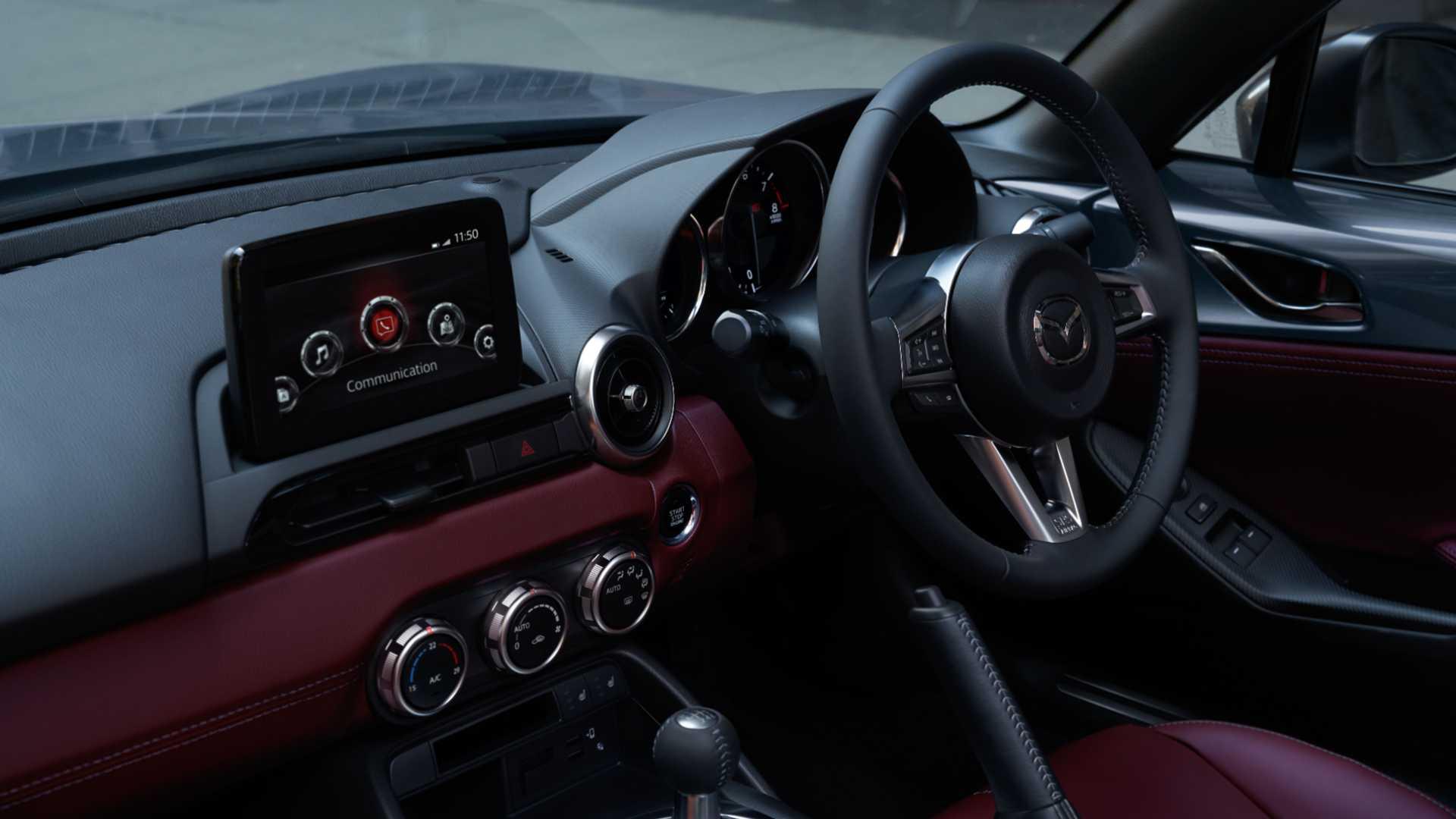 Mazda MX-5 R-Sport, Hanya Buat yang Fanatik