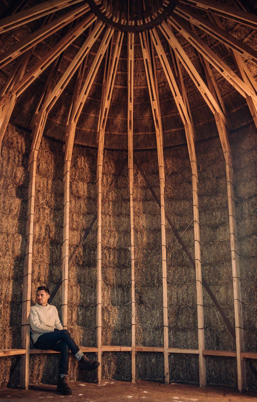 Mother, Pondok Jerami Tempat Berlindung di Cagar Alam