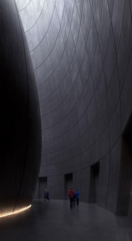 Bangunan Unik 'Penyimpanan' Benih Terbesar di Dunia