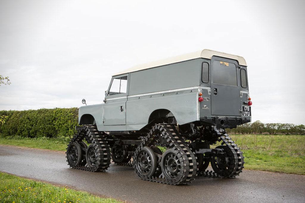 Tank Perang Land Rover 109 Series II