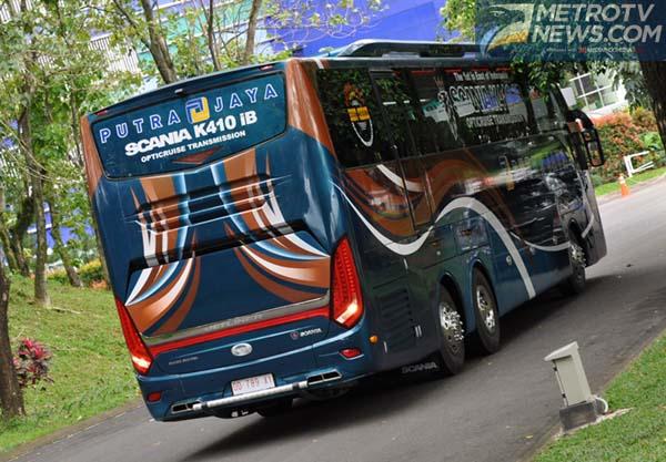 650 Koleksi Gambar Mobil Bus Mewah HD Terbaik