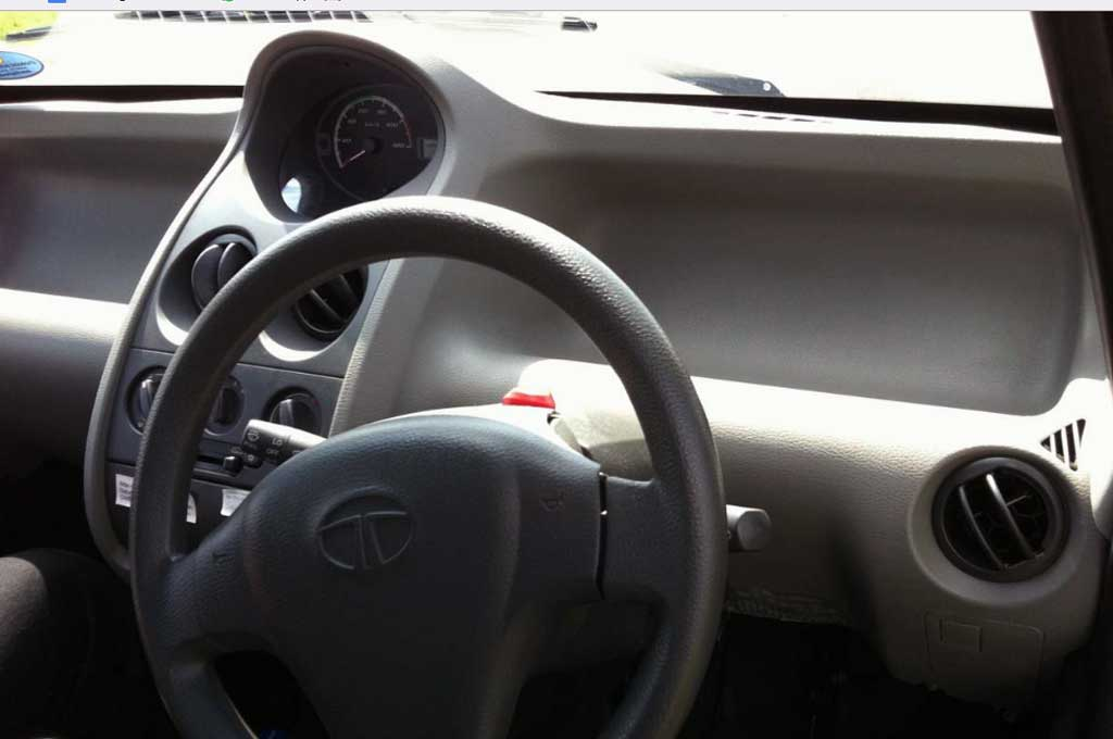 Tata Motors Suntik Mati Mobil Mungil Nano
