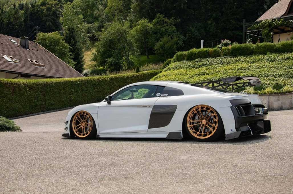 Audi R8 Tampil Lebih Gaul
