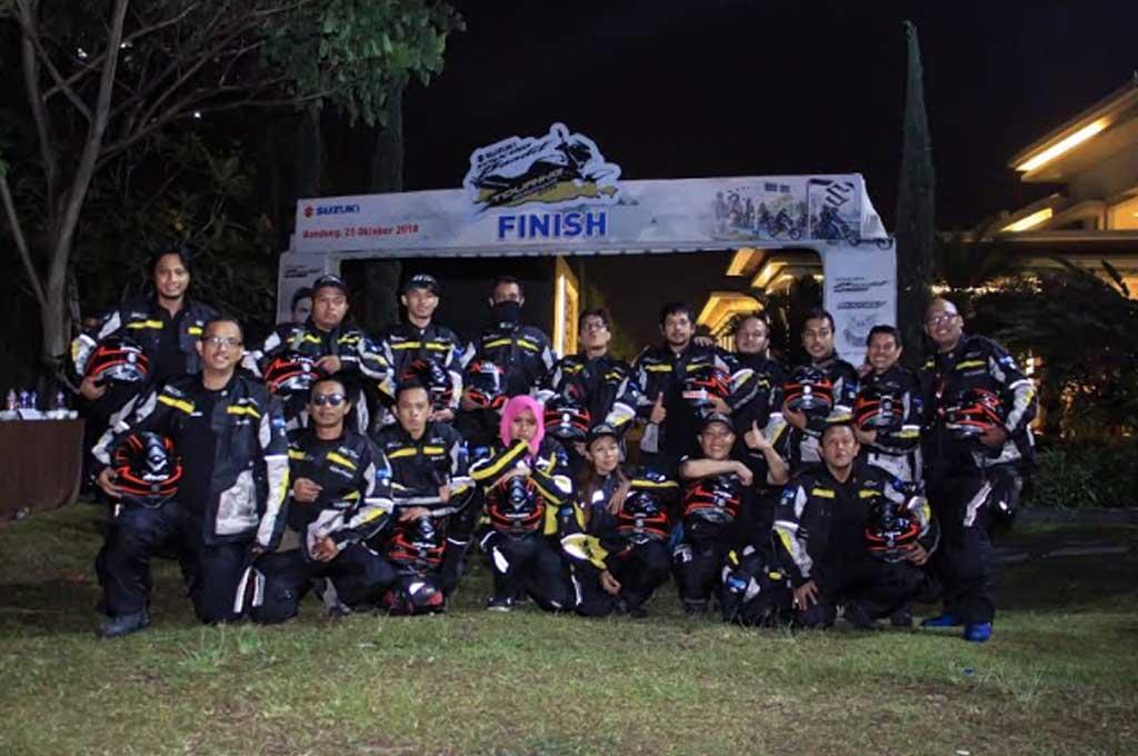 Touring Suzuki GSX150 Bandit Pecahkan Target 1.000 Km