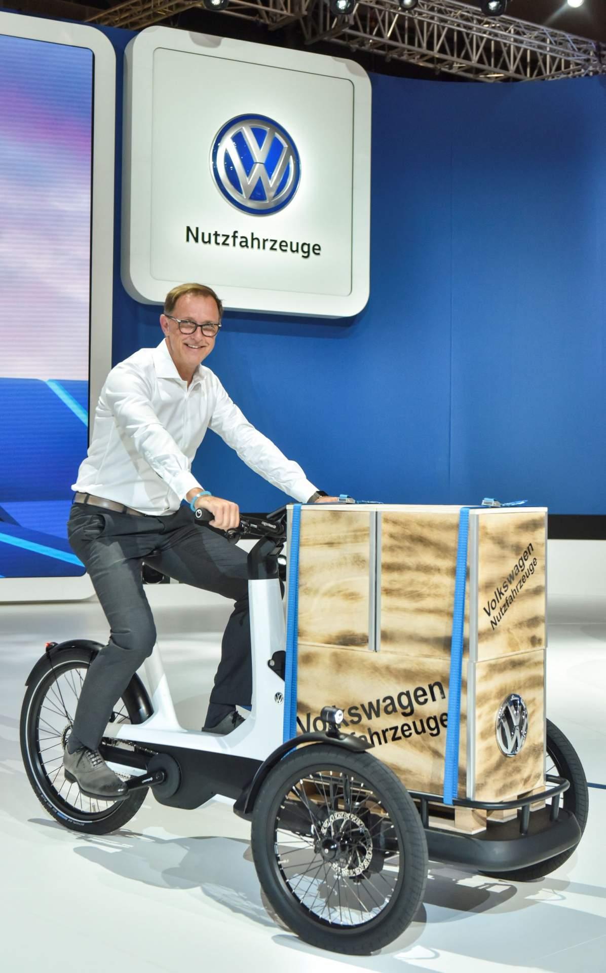 Volkswagens e-Bike Mejeng di LA Auto Show