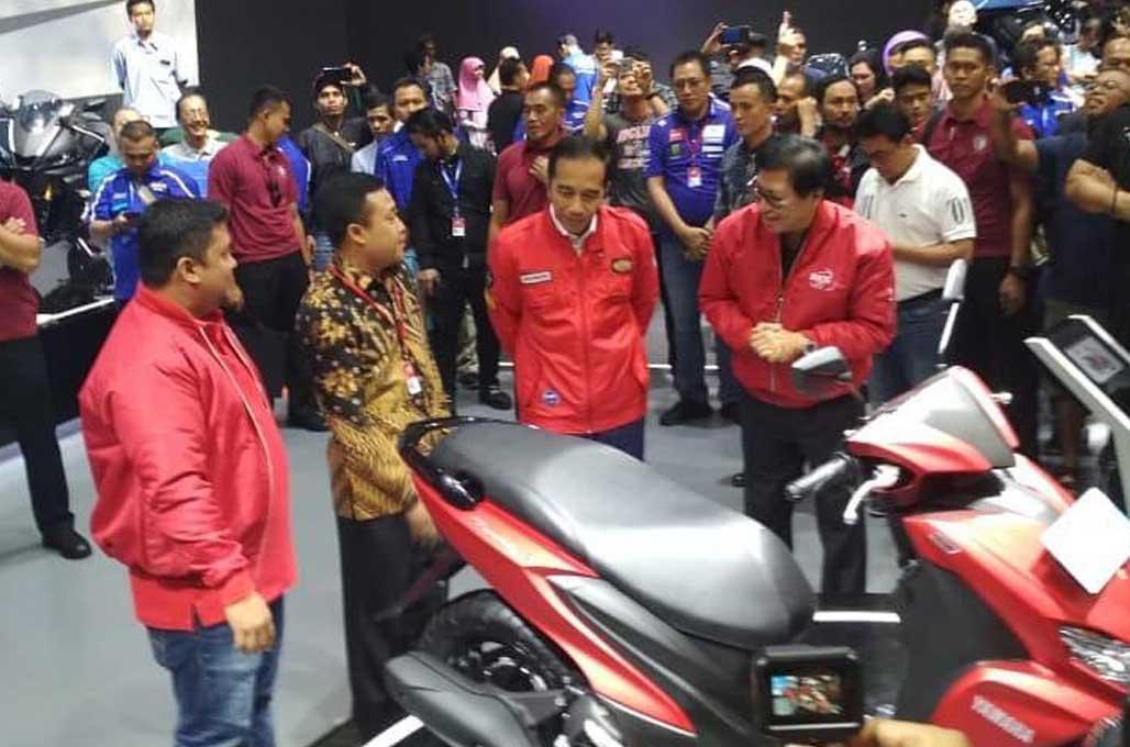 Skuter Yamaha FreeGo Sukses Curi Perhatian Jokowi