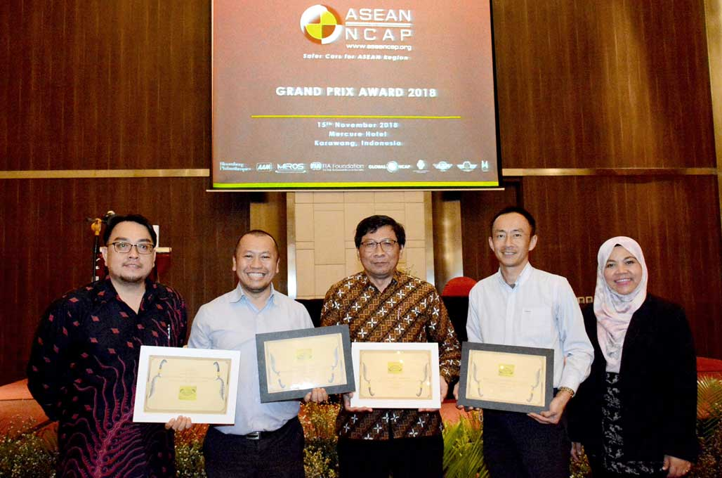 Sering Dapat 5 Bintang Uji Tabrak, Toyota Juarai ASEAN NCAP Award