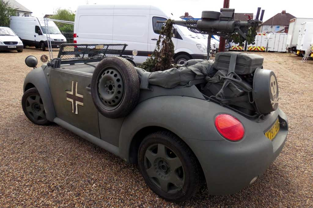 Volkswagen Beetle Cabrio ini Adaopsi Gaya Militer