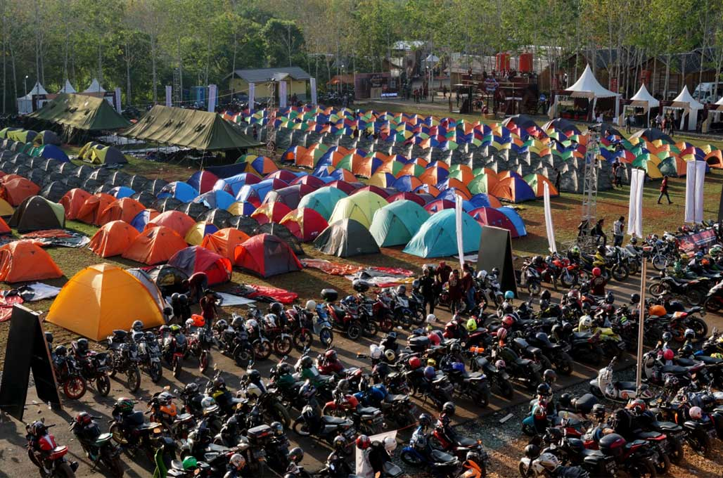 'Negeri di Atas Awan' Destinasi Baru MotoCamp Suryanation