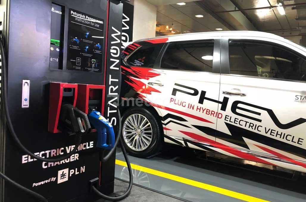 Mitsubishi Bangun Quick Charging Publik Pertama di Plaza Senayan