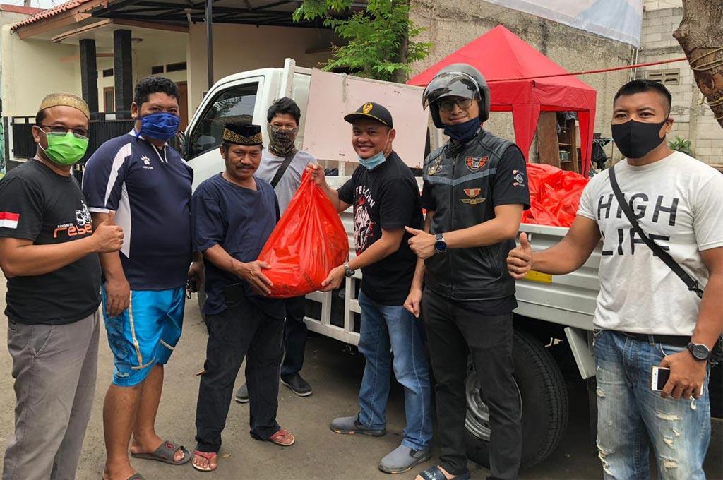 Rebel Owner Community Terjun Langsung, Bagikan Sembako