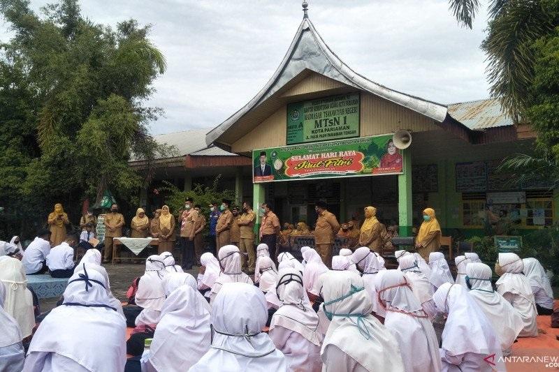 Cerita Hari Pertama Sekolah dari Sejumlah Daerah