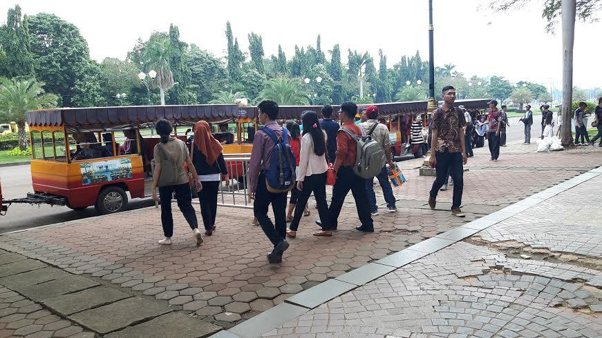 'Garis Tangan' Monas di Usia Jakarta ke-489