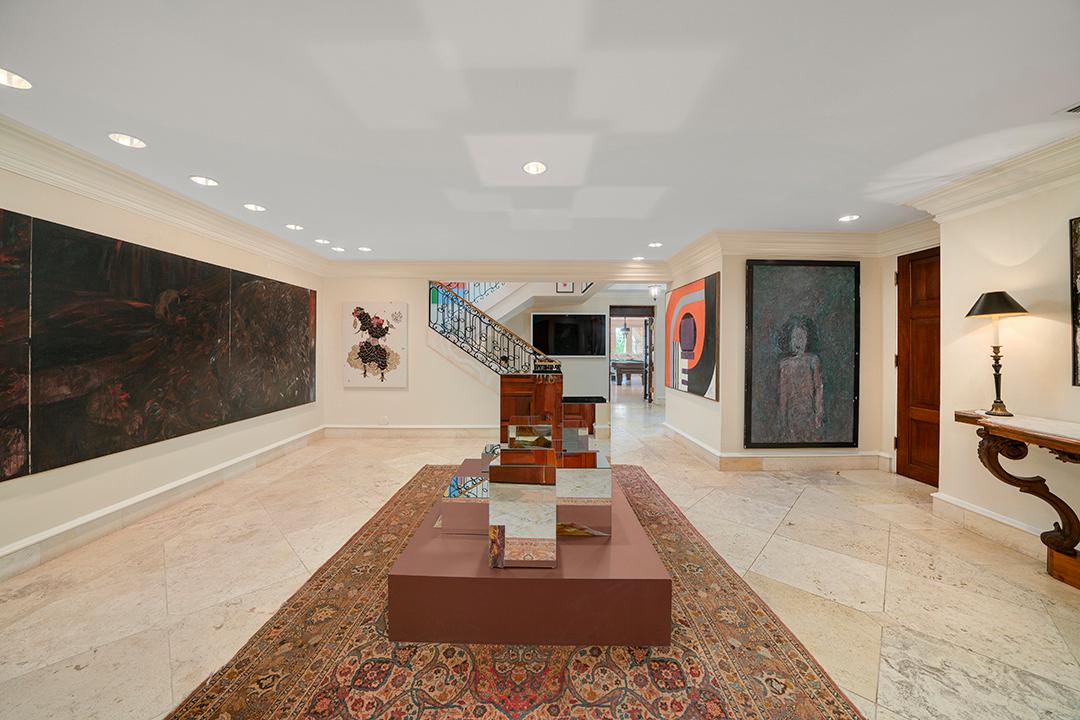 Dijual Rp478 Miliar, Rumah Miliarder Ini Bak Museum