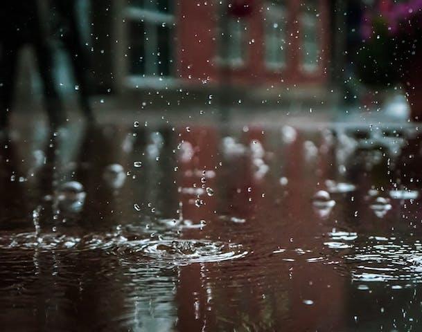Tips Atasi Kelembapan Usai Banjir