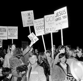 John Lennon Menjelaskan Pernyataannya: The Beatles Lebih Populer dari Yesus