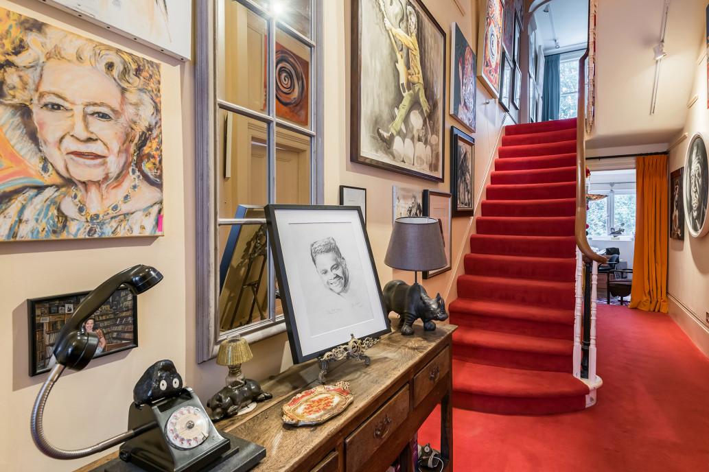 Ronnie Wood 'Rolling Stones' Jual Hunian Rp73 Miliar
