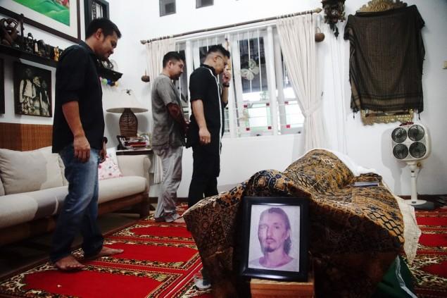 Mengingat Lagi Para Selebriti Indonesia yang Meninggal Dunia di 2018