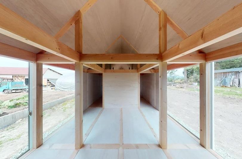 Rumah Sepanjang 50 Meter di Tengah Persawahan Jepang