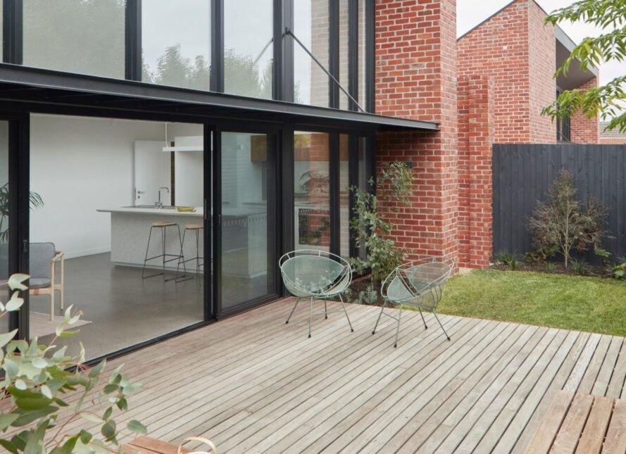 Rumah Bata Ini Bisa Memasok Energi Listrik Sendiri