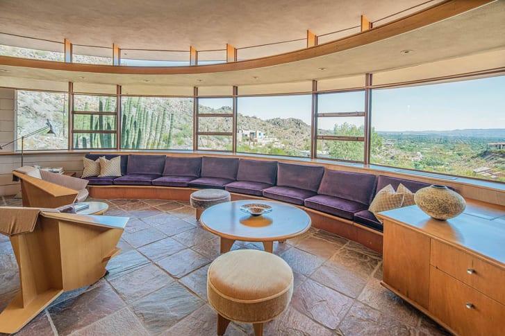 Karya Terakhir Frank Lloyd Wright Terjual Rp23,5 Miliar