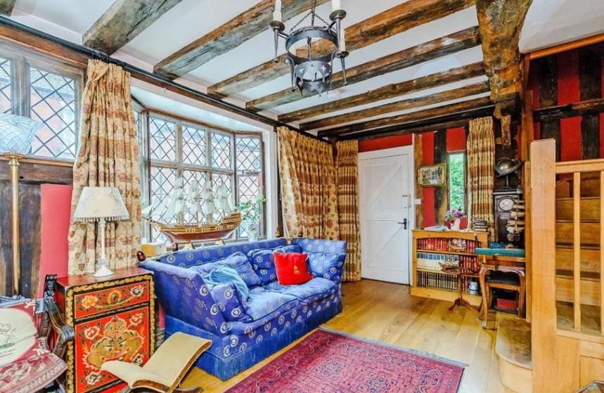 Rumah Masa Kecil Harry Potter Disewakan Rp1,9 Juta