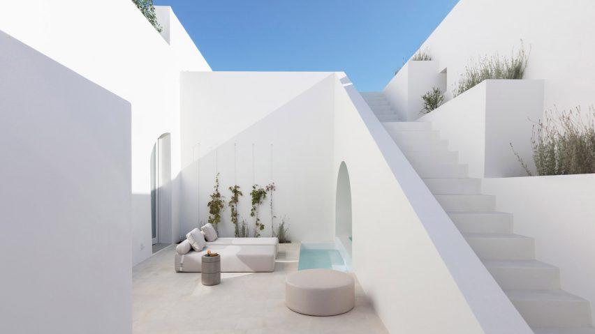 Hunian Tradisional Yunani Diubah Jadi Modern