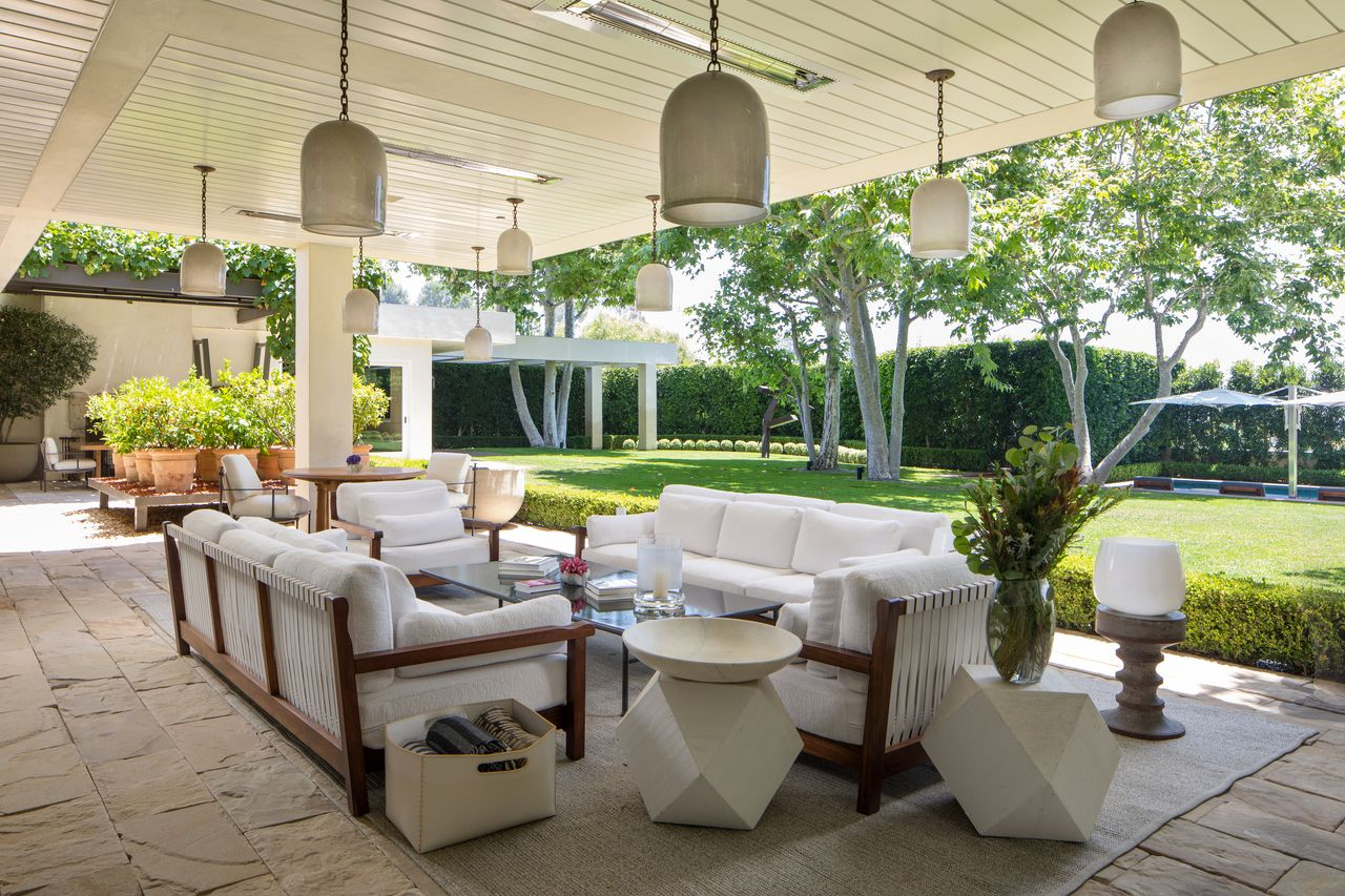 Mewahnya Rumah Ryan Seacrest yang Dijual Rp1,2 Triliun
