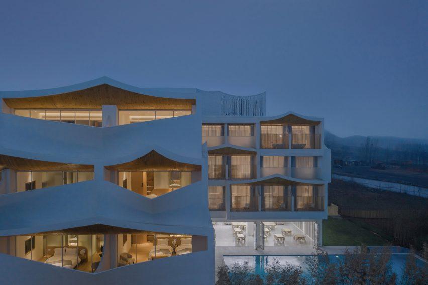 Desain Hotel Minimalis Serba Putih di Tiongkok