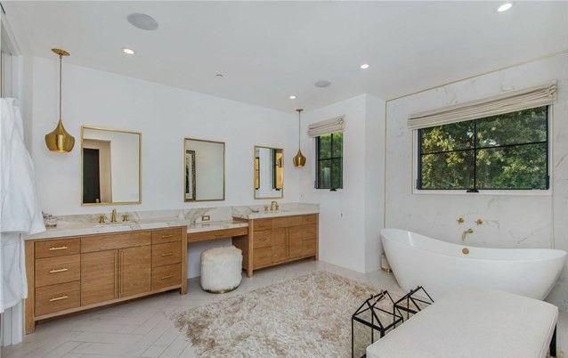 Youtuber Tati Westbrook Jual Kembali Rumahnya Seharga Rp59 Miliar