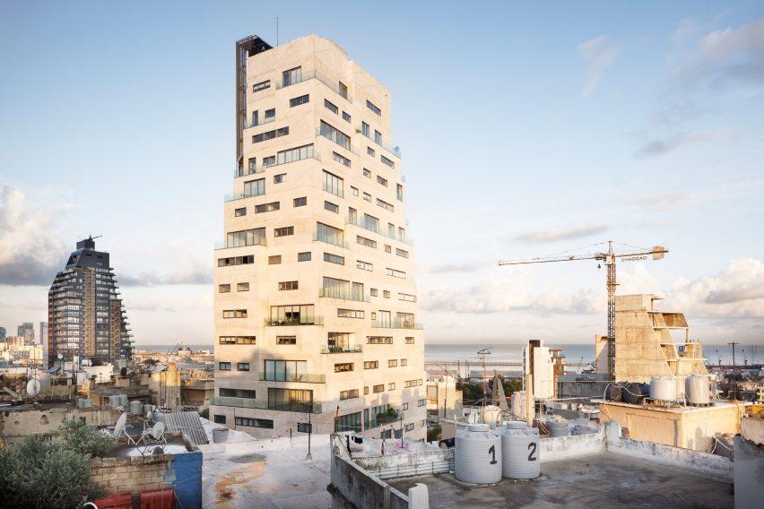 Aya Tower, Bangunan Kokoh yang Terinspirasi Rumah Tradisional Arab