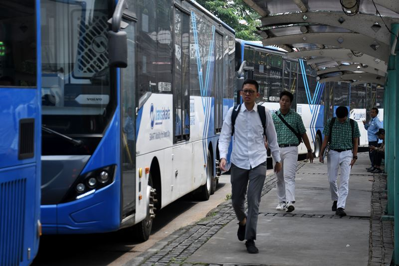 20 Bus Listrik TransJakarta Diluncurkan Saat Formula E