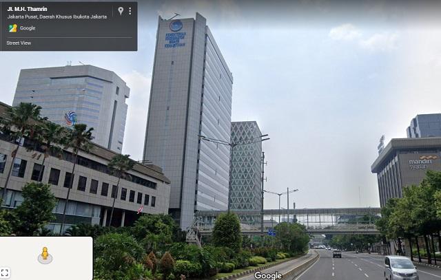 [Cek Fakta] Foto Triliunan Manusia Membludak Memenuhi Dinding Gedung DPR? Ini Faktanya