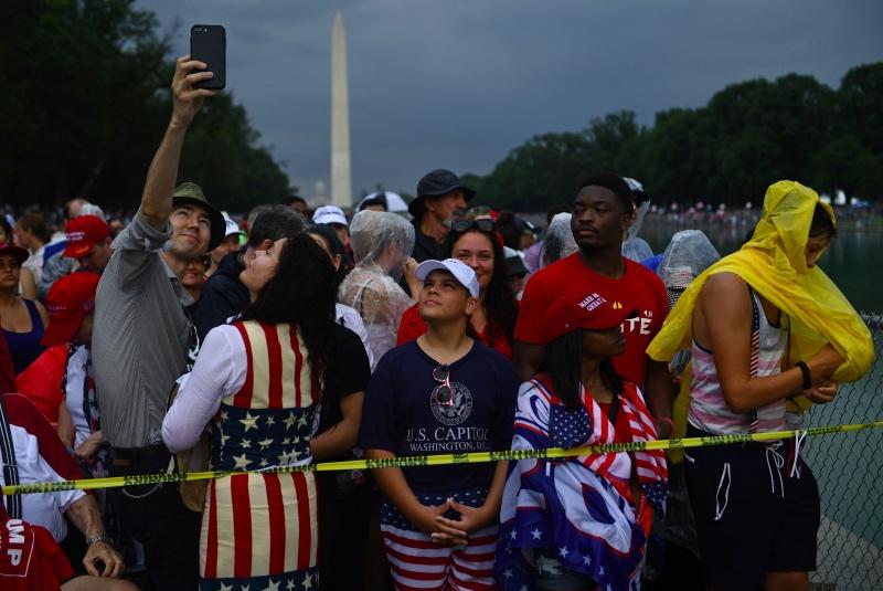 Trump Pimpin Kemeriahan Perayaan Kemerdekaan AS