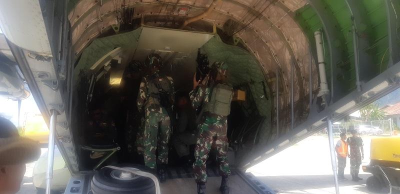 Tim Evakuasi Helikopter MI-17 Kesulitan Mendarat