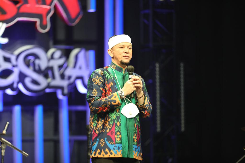Apakah Pahala Hilang Kalau Silaturahmi Online? Ini Penjelasan Ustaz