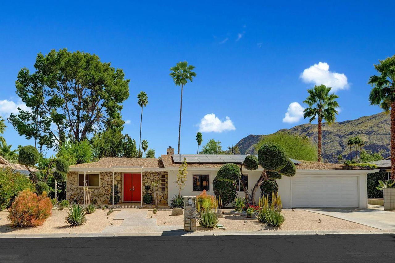 Walt's Technicolor Dream House, Hunian Bekas Walt Disney