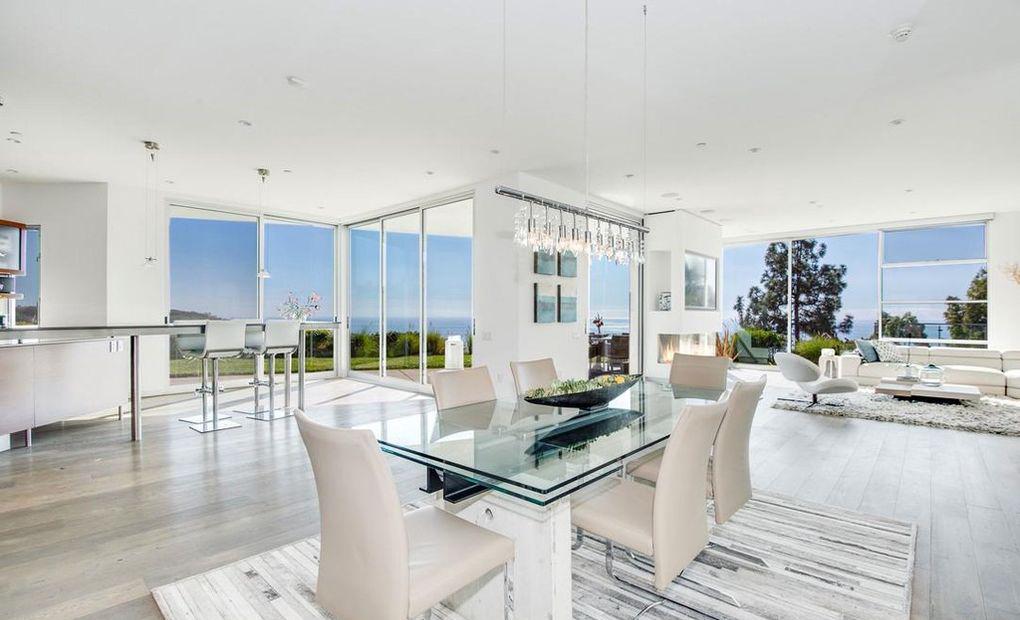 Willow Smith Beli Rumah Malibu Seharga Rp46 Miliar