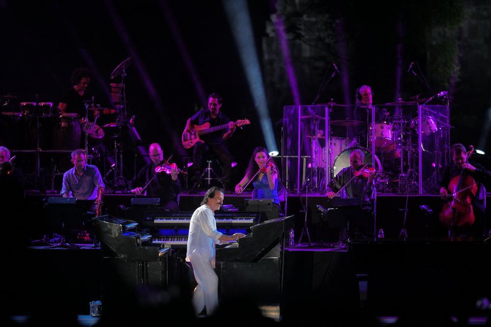 Konser Yanni di Prambanan Jazz: Aksi Magis Sang Virtuoso