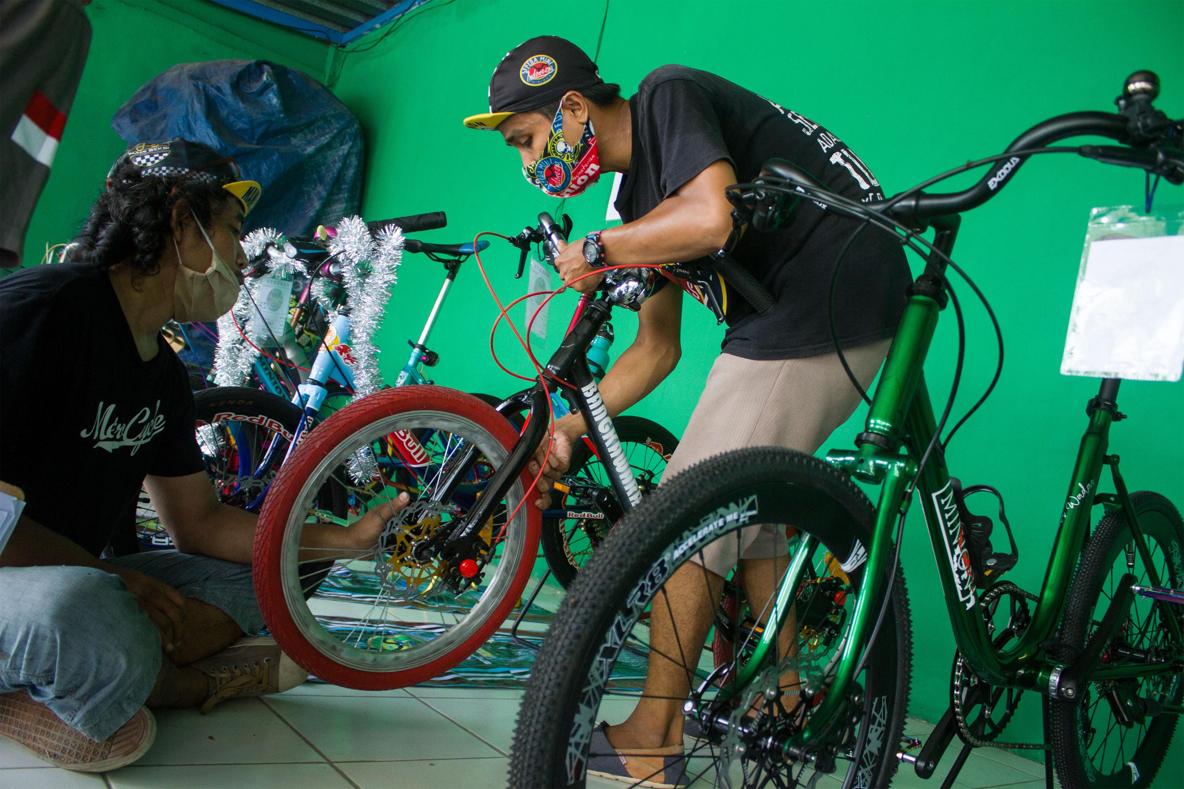 Keseruan Kontes Modifikasi Sepeda Mini Di Karawang