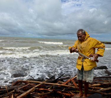 Tsunami di Selat Sunda